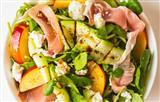 Радость для гурмана: салат из кабачков, сыра и нектарина
