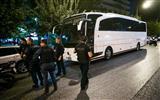 В центре Афин обстреляли туристический автобус