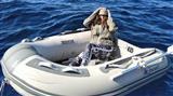 В Греции спасли туристку, которая провела два дня в лодке в открытом море