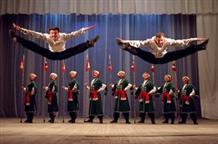 Казачьи танцы на греческой сцене