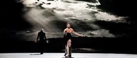 Нидерландские танцовщики покажут страсть и бабочку Афинам