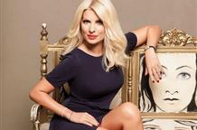 Телезвезда Греции стала мамой в 45