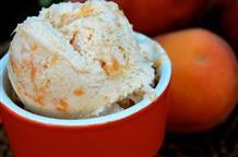 Вкус греческого лета: персиковое йогуртовое мороженое