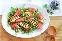 Удивитесь вкусу: салат с арбузом и сыром