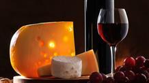Греческими блюдами и всеми видами сыров угостят на Фестивале сыра и еды в Афинах