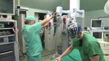 Греческие врачи спасли ребенка из России, проглотившего магнитные шарики