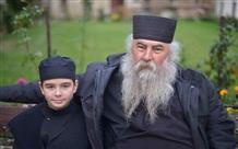12-летний мальчик стал афонским монахом: общественность Греции требует разбирательств