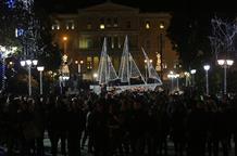 В Афинах официально начались рождественские празднования (видео)