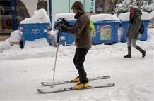 Снежная катастрофа в Греции продолжается неделю: нет света, воды, перекрыты дороги (фото)