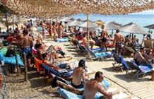 Туристическая Греция 80 lvl: забронируйте шезлонг с мобильного телефона