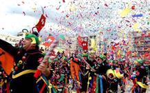Гранд Парад в Патрах, маскарад у Акрополя и другая программа уходящего Карнавала