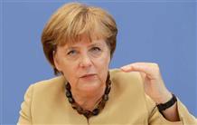 Меркель просит нелегалов покинуть Европу