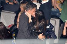 Экс-министр Греции развлекается в ночном центре с 20-летнй подругой (фото)