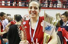 Женский волейбольный Олимпиакос завершает удачный сезон эффектной победой