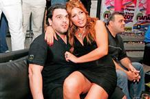 Из женихов в стяжатели: экс-возлюбленный Папаризу требует у певицы её деньги