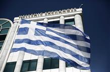 Еврокомиссия заявляет о необходимости выдать Греции очередной транш кредита