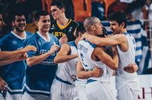 В полуфинале ЕвроБаскета молодые греки будут играть с действующими чемпионами