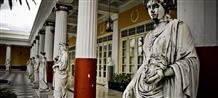 Как древние греки учили итальянцев одеваться