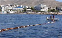 Ущерб от разлива мазута в море в Греции может составить 500 млн евро