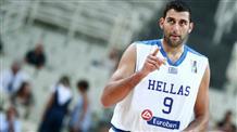 """Баскетболист  - грек решил стать """"гимнасткой"""""""