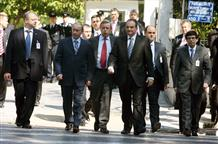 Наряды жены Ципраса, загадочное убийство на кладбище и почему российское ТВ рассказало о слежке за премьером Греции