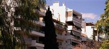 Шок: на жилищные расходы греки отдают почти половину своих доходов