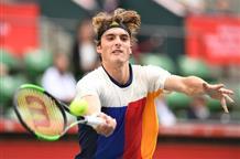Греческие мастера тенниса покоряют новые вершины и побеждают сильных оппонентов