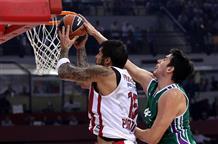 Баскетбольный Олимпиакос дважды побеждает на старте сезона Евролиги