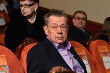 Николай Караченцов улетел в Грецию перед началом лечения