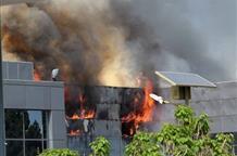 В Греции сгорел крупнейший в Европе аккумуляторный завод (фото)