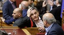 Новый закон, принятый парламентом Греции, сократит пенсии и повысит налоги
