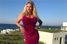 Анна Семенович ответила на критику ее откровенного фото в Греции (фото)