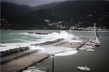 Ураганы в Греции: пропавшие без вести, потоп и разрушения (фото, видео)