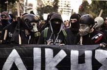 СМИ: при столкновениях в Афинах задержали более 20 человек