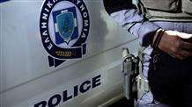 Полицейский в Греции избил одиннадцатилетнего ребенка (видео)