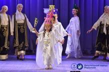 В Мариуполе прошел фестиваль греческой песни (фото)