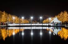 Рождественские и новогодние Афины: самое современное место столицы (видео)
