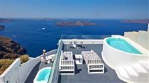 Санторини: туристов больше или меньше?