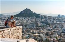 Жителям Греции негде жить: центр Афин стал посуточным отелем для туристов