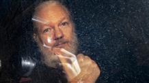 Основатель Wikileaks Джулиан Ассанж просит политического убежища в Греции