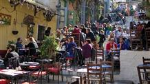 В Греции ужесточают карантин: жители оказались без кафе, ресторанов и магазинов