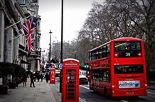 Великобритания поместила Грецию в «зеленый список»