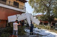 Одномоторный самолет потерпел крушение в Греции (фото, видео)