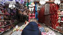 Комендантский час в Греции на Рождество, открытие салонов маникюра и вакцинация