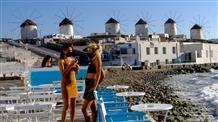 Развиваться, копить долги, закрываться: о чем думает туристический малый бизнес Греции