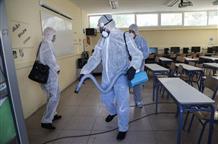 Совет эпидемиологов разрешил открыть только садики и начальные классы в Греции
