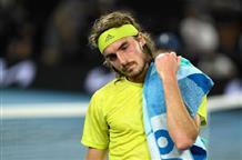 Циципас уступил Медведеву в полуфинале Australian Open