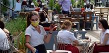 В Греции готовят новые меры, борясь с коронавирусом: тесты и карантин