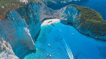 В Греции снова откроют один из самых красивых в мире пляжей