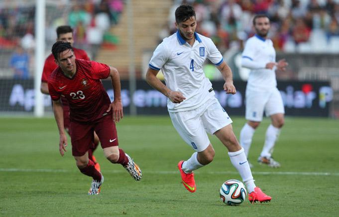 «Челси» желает купить защитника сборной Греции